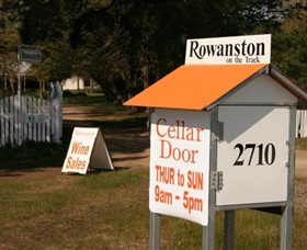 Rowanston on the Track Winery & Bed and Breakfast