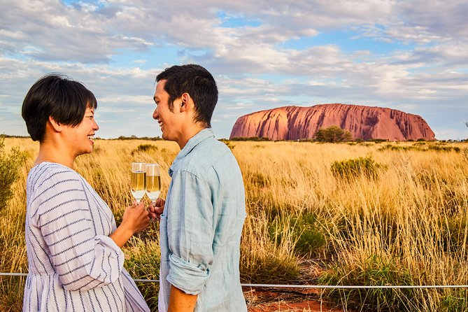 2-Day Uluru Sunset and Kata Tjuta Tour from Ayers Rock